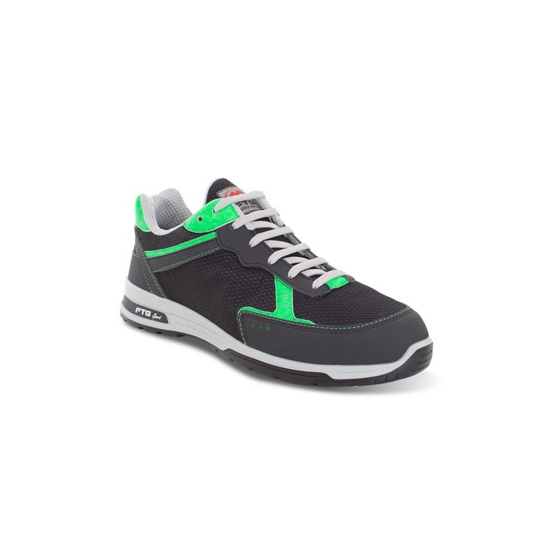 CHAUSSURE RUGBY S1P SRC